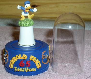 Disney Donald Duck Running Thimble