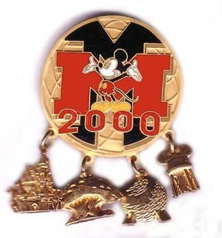 Disney DLR - Disneyland  Mickey Mouse 4 park pin/pins