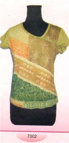 GEETA Hippie Bohemian Gypsy India SS Hand Block Print Batik Tee Shirt Beads 7002