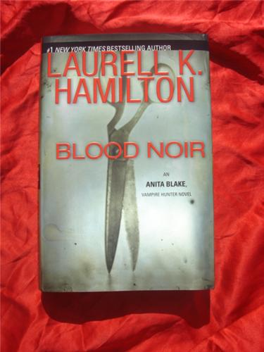 Blood Noir by Laurell K Hamilton - Anita Blake - first edition hardcover hcdj out of print