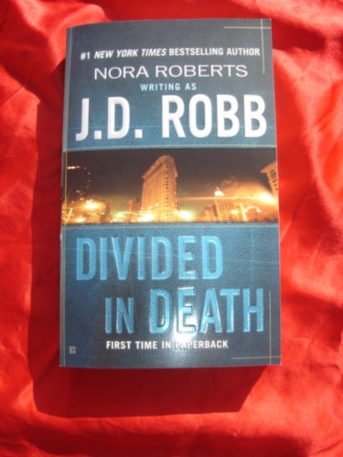 DIVIDED IN DEATH~JD ROBB~18~NEW PB.JPG