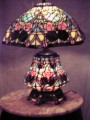 stainedglasslamp1027A.JPG