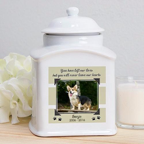New dog or cat urn