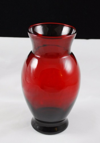 Anchor Hocking Coolidge R3346 Royal Ruby Glass Vase