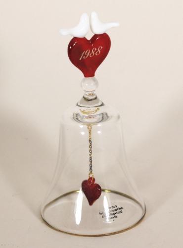 Avon Heart Songs Bell 2