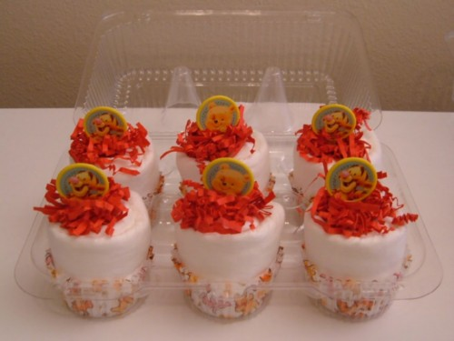 Baby Pooh & Baby Tigger Cupcake 6 pack.jpg