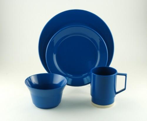 Heavy Duty Melamine : Galleyware royal blue melamine dinnerware set sandie s
