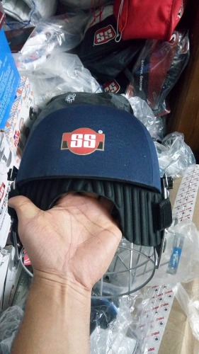 f1405764d05 SS GLADIATOR Streel Grill Cricket Helmet - Free Neck Protection ...