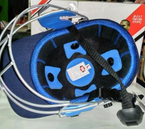 a7b4cb9eb34 SS Ton GUTSY Cricket Helmet. Model 2018-19. Helmet used for ACADEMY level