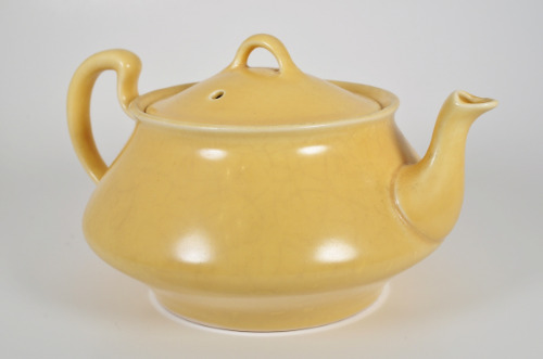 Home Laughlin Art Wells Glaze Teapot