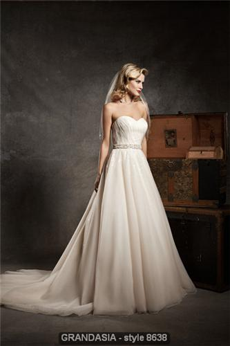 Justin Alexander Wedding Gown 8638
