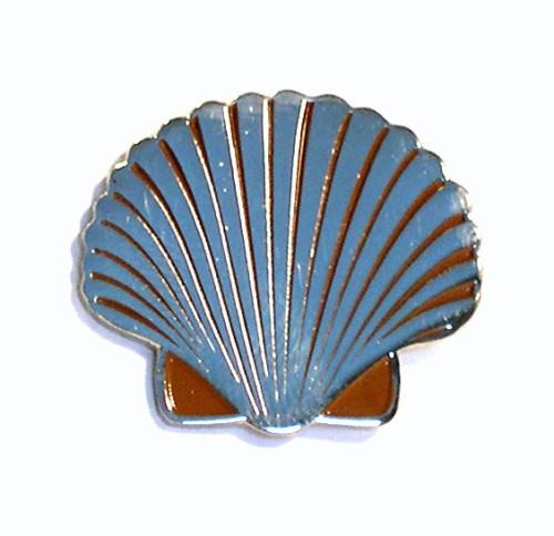 Scallop Shell Pin Badge