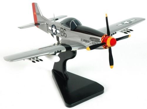 P-51 MUSTANG GLMOROUS GLEN 111.jpg