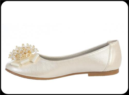 Girls Ivory Dress Shoes w. Grosgrain Bow & Crystal Pearls