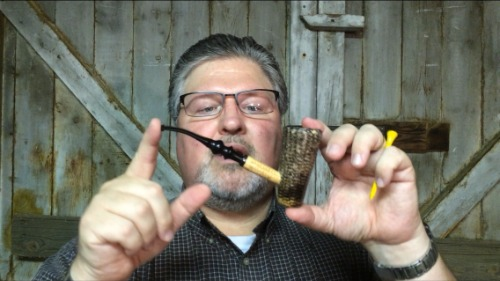 Freehand Missouri Meerschaum Corn Cob Pipe from Aristocob