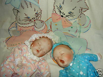 Yolanda Bello Quot Lullaby Babies Quot Two Mib Musical Dolls Nr