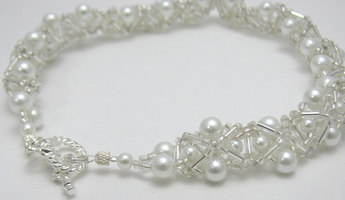 White pearl beaded collar necklace