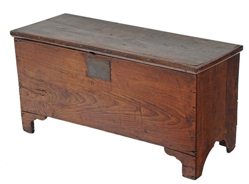 antique small 19c elm chest coffer trunk coffee table ottoman antique furniture london online. Black Bedroom Furniture Sets. Home Design Ideas