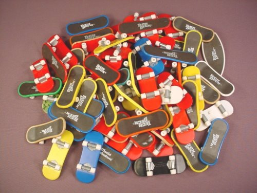 Tech Deck Dudes Lot Of 65 Small Skateboards, Finger Boards, Magnetic Figures Snap Onto Boards
