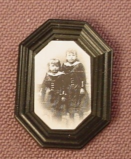 Playmobil Black Octagonal Picture Frame With A Sticker Of 2 Victorian Children, 5300 5305