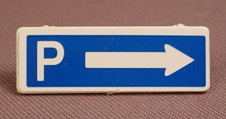 Playmobil White Small Rectangular Sign With A Clip On The Back And A P & Arrow Sticker, 3273 3489