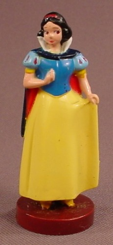 Disney Snow White On A Round Brown Base PVC Figure, 2 1/2 Inches Tall, Figurine