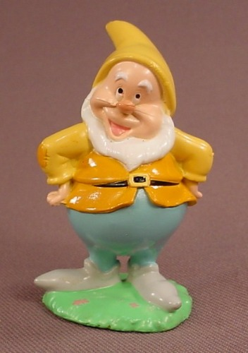 Disney Snow White Sneezy PVC Figure On A Grass Base, 2 1/2 Inches Tall, Figurine, Dwarf, Dwarves