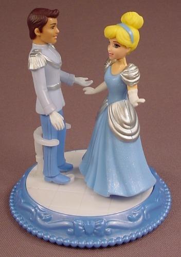 Disney Princess Cinderella Dancing Duet Couple Set With Prince Charming Figure, 2011 #X2839 Mattel