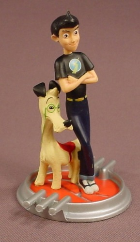 Disney Pixar Meet The Robinsons Wilbur & Buster The Dog PVC Figure On A Base, 3 1/2 Inches Tall