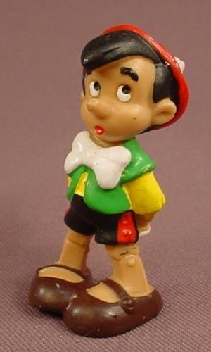 Disney Pinocchio PVC Figure, 2 1/4 Inches Tall, Bully W. Germany, Walt Disney Productions, Figurine