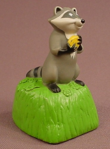 Disney Pocahontas Meeko The Raccoon Standing On A Tree Stump Vinyl Figure, 2 3/4 Inches Tall