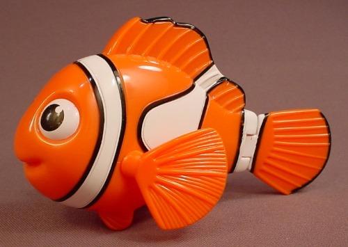 Disney Finding Nemo Pixar Pals Nemo Fish Figure Toy, 2005 McDonalds, 5 3/4 Inches Long