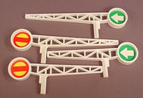 Playmates Replacement Set Of 4 Train Gates For A 1986 Disneyland Or Amusement Park Set