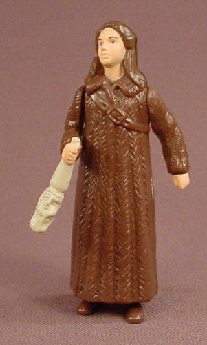 Disney The Chronicles Of Narnia Susan Pevensie & The Wolves Figure Toy, 3 3/8 Inches Tall