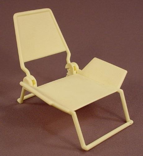Barbie White Folding Beach Chair Accessory, The Back Folds Down, Mattel