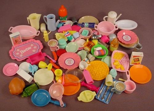 Barbie Size 90 Piece Lot Of Kitchen & Food Accessories