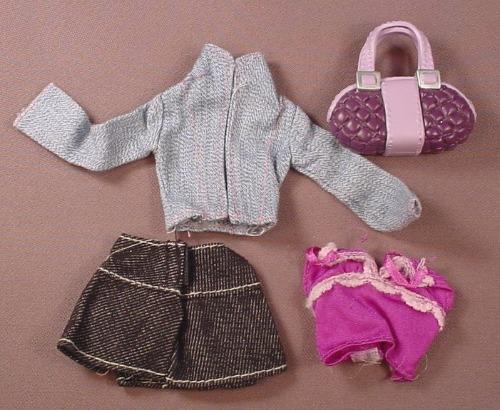 Barbie My Scene Nolee Shopping Spree Clothes Lot, 2004 Mattel