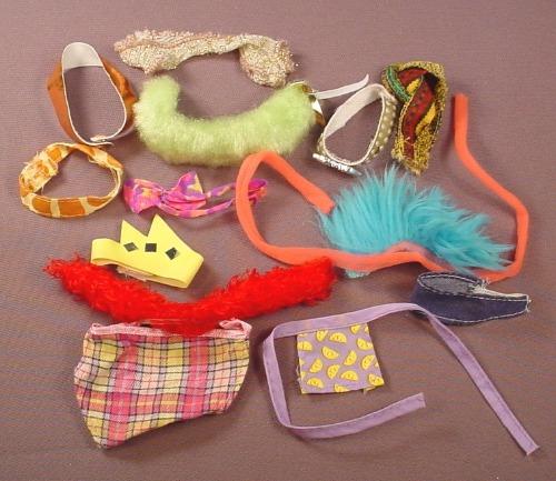 Barbie Doll Size Lot Of Belts Boas Kerchiefs & Aprons