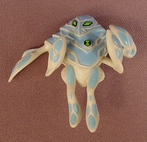 Ben 10 Ultimate Alien Haywire Ampfibian PVC Figure, 2 Inches Tall, #32270, 2011 Bandai