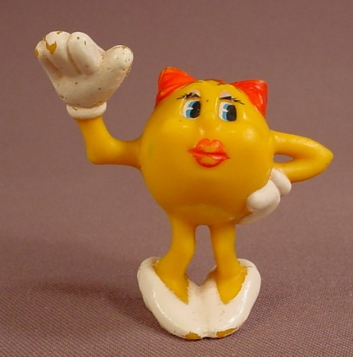 Mrs Pac-Man PVC Figure, 2 3/8 Inches Tall, 1980 Coleco, Has Some Paint Rubs, Pacman
