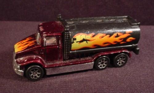 Hot Wheels 1991 Peterbilt Tank Truck From 1997 Heat Fleet