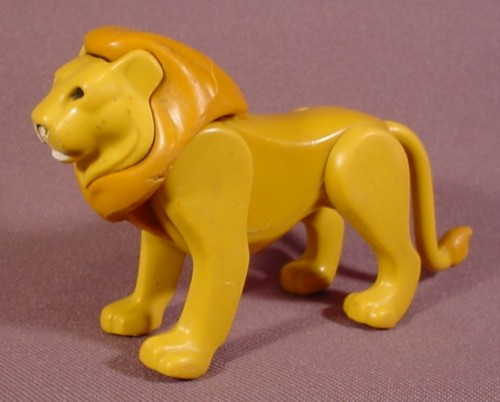 Fisher Price Adventure Series 1975 Lion Animal Figure, Light Brown Mane, 304 Safari
