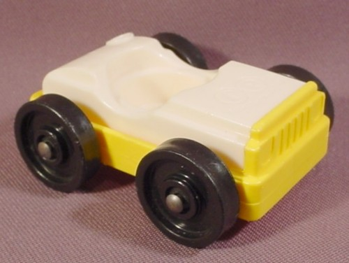 Fisher Price Car. FISHER PRICE VINTAGE 1 SEAT