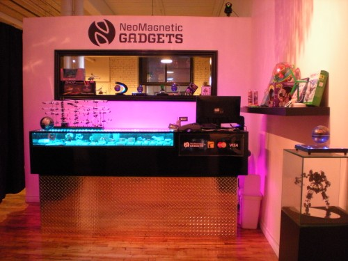 NeoMagnetic Gadgets, montreal led store, montreal toy store