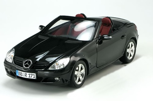1 18 minichamps mercedes slk cabrio high end with workable hardtop black special edition by. Black Bedroom Furniture Sets. Home Design Ideas