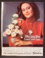 Magazine Ad For Teleflora Sweetheart Bouquet & Necklace, 1981, 8 1/8 by 10 7/8