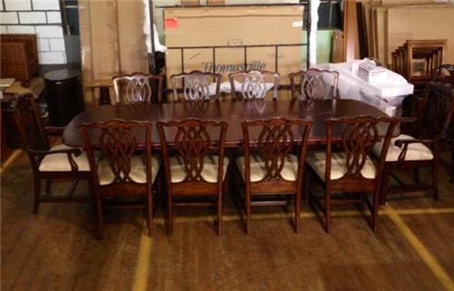 Thomasville Furniture Tate Street Dining Set 2 Arms And 4 Side Chairs Erik