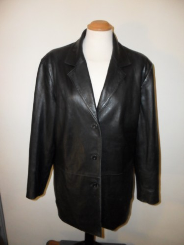 Gorgeous Women's Liz Claiborne 'Elizabeth' 100% Leather Jacket