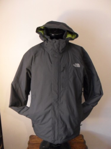 High Spec Men's The North Face HyVent Outdoor Persuits Jacket - F10H131 - Size XL - Extra Large