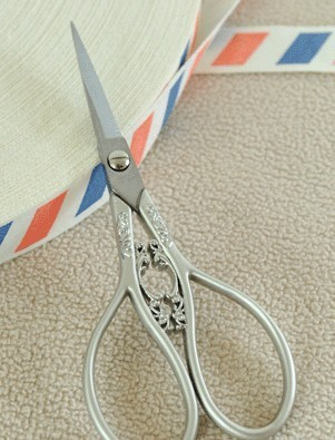 DECORATIVE EMBROIDERY SCISSORS SILVER - 12 - Jiong1clover2009